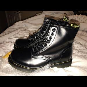 Combat style doc Marten dupe boots women's size 9